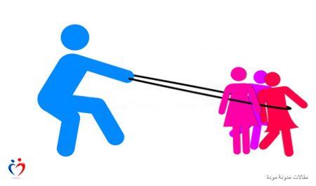 5 ألاعيب يحترفها الشريك النرجسي في العلاقات