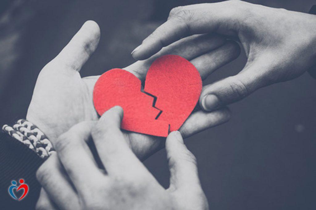 التهديد في علاقات الحب المؤذي