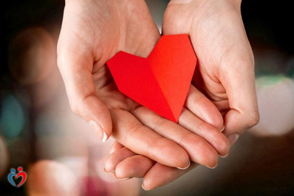 جذور الشعور بالقلق بخصوص العلاقات العاطفية