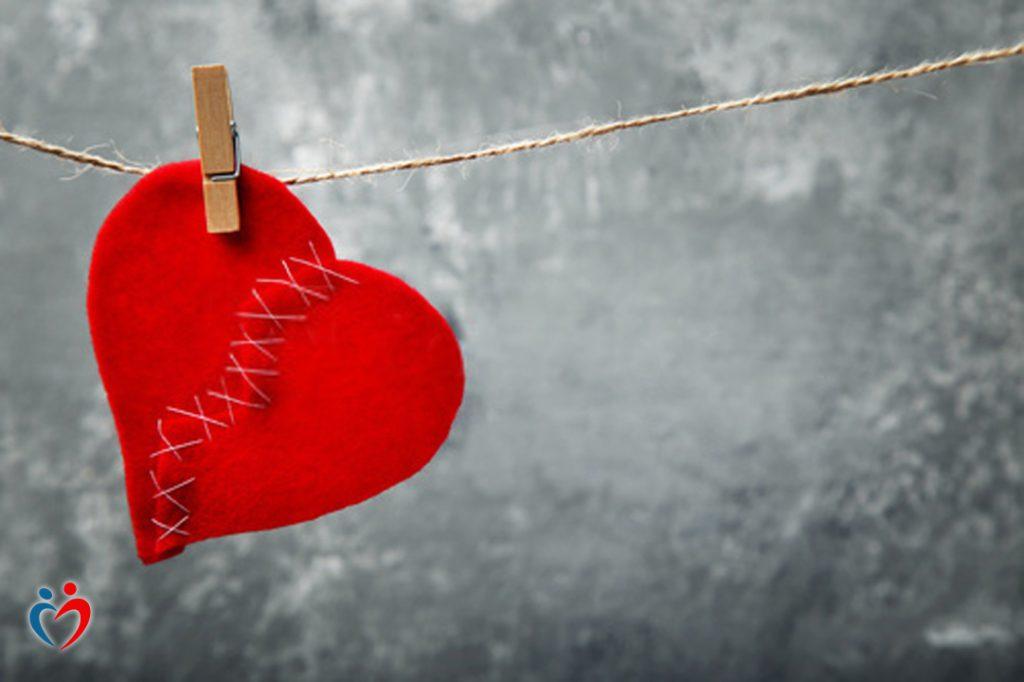 الشك في الذات والاخرين بعد إنتهاء العلاقة العاطفية