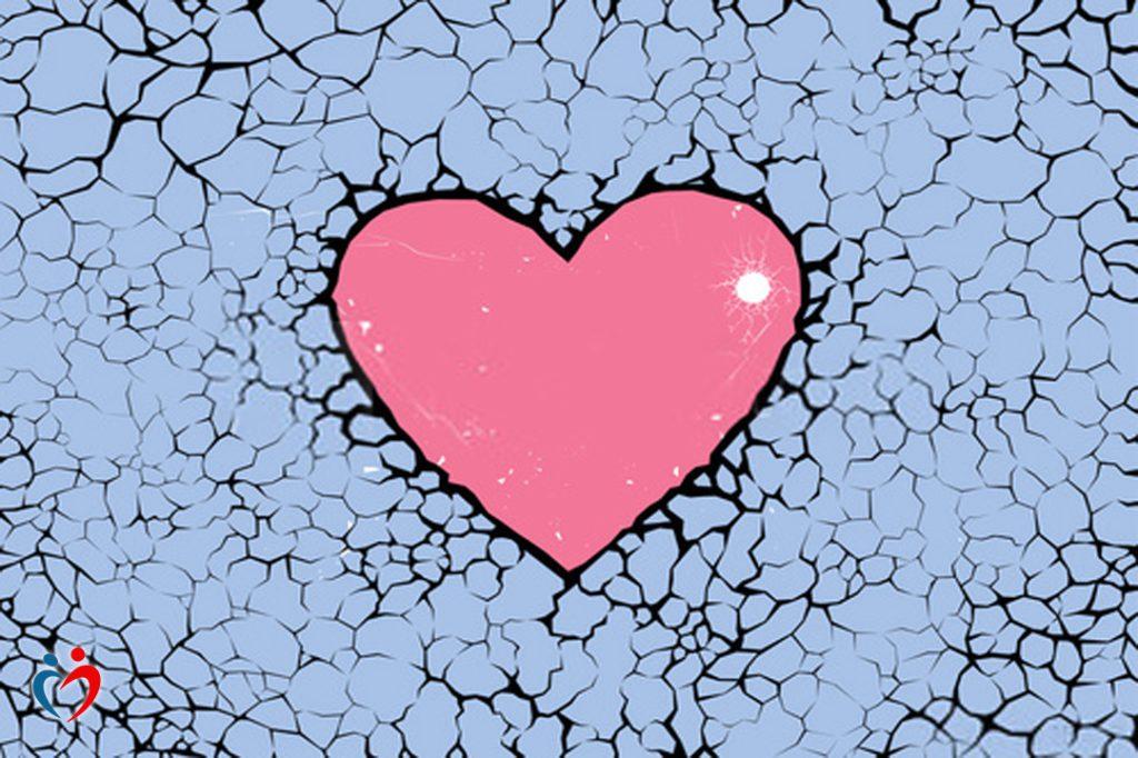بخصوص التدمير الذاتي في العلاقات العاطفية