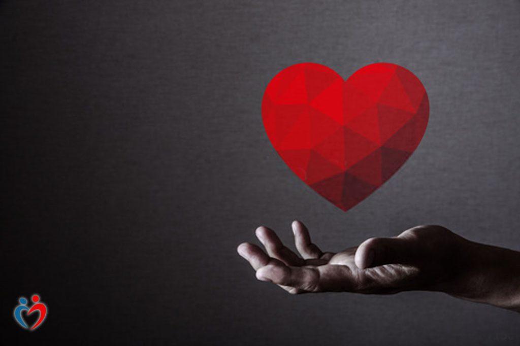 عدم المطالبة بمواصفات مثالية من اجل الوقوع في الحب