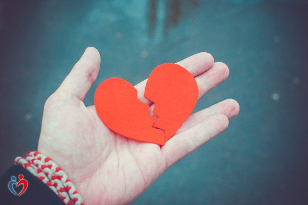 طرق التعامل مع الاحباط بعد انتهاء العلاقة العاطفية