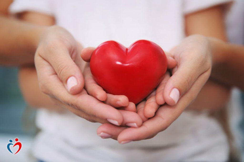 إظهار مشاعر الحب يقلل من الضغوط الأسرية