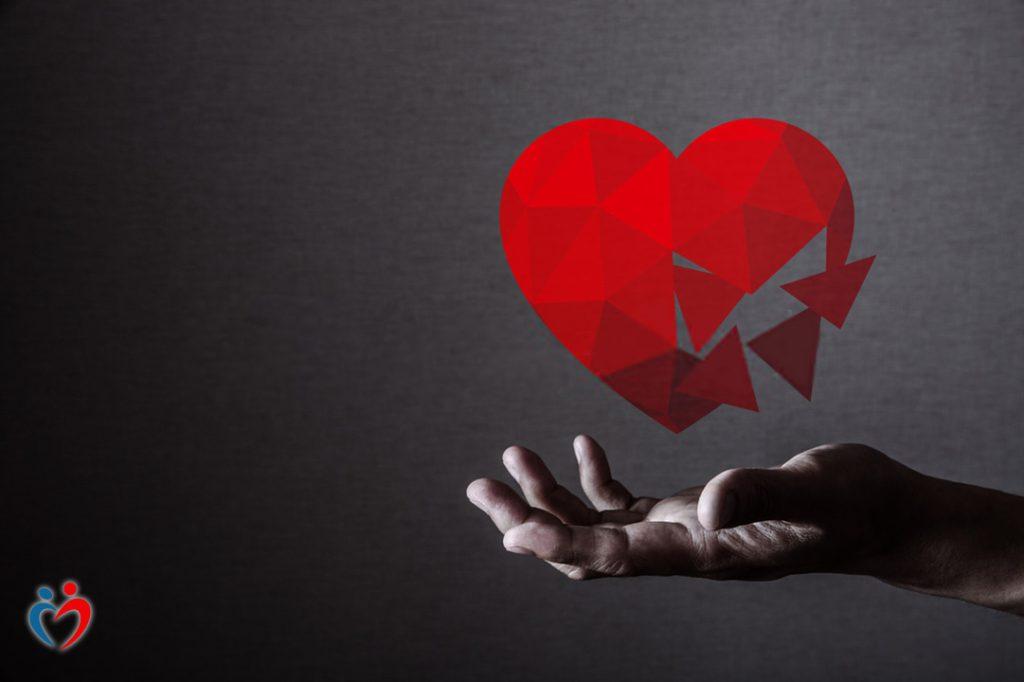 الخوف من الرفض يثير مشاعر القلق في فترة التعارف