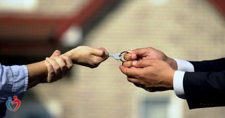 4 أخطاء شائعة في التعامل مع الصراعات الأسرية