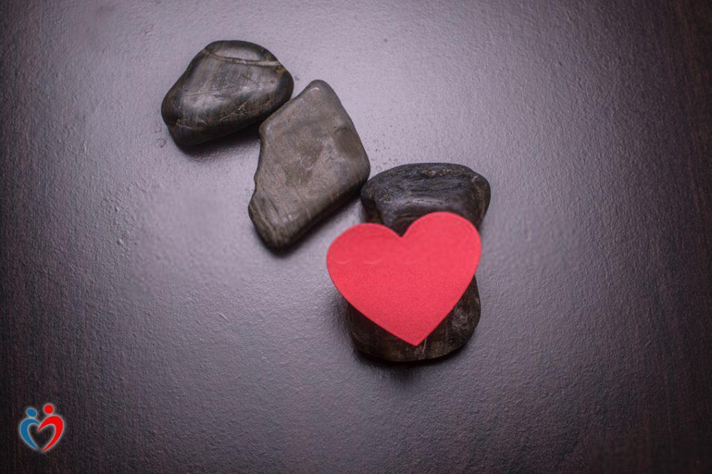 الشعور بعدم الاستقرار العاطفي نتيجة الوقوع تحت الضغط