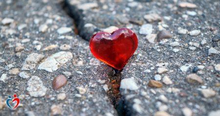 الأفكار السلبية في العلاقة العاطفية