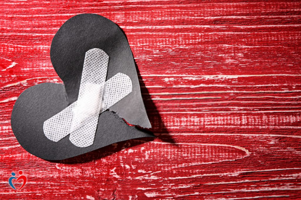 التمسك بالغضب بعد الطلاق يغلق الباب أمام العلاقات الصحية