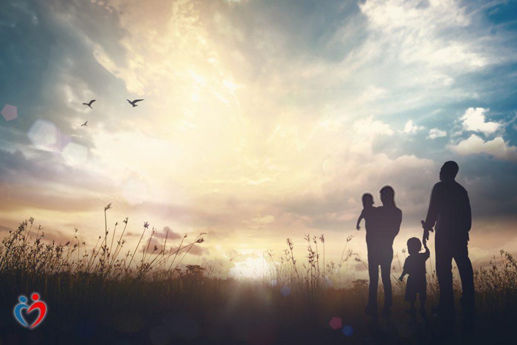 التعبير عن المشاعر في العلاقة الأسرية