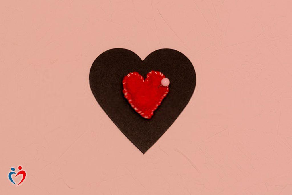 العلاقات المسيئة تمنع الفرد من استشعار حب الذات